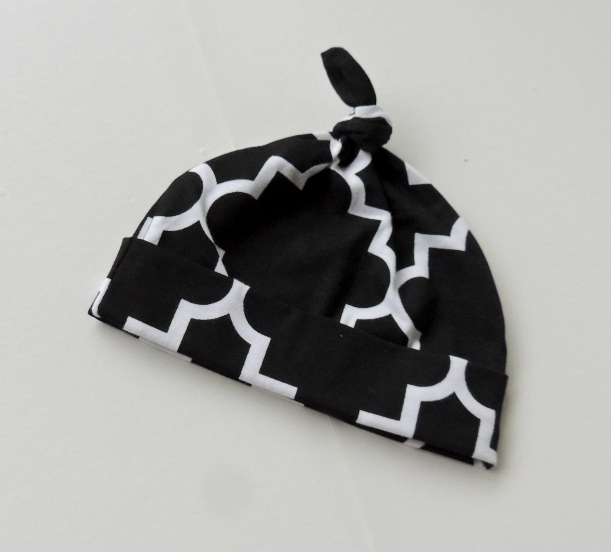 811c6cdb Black & White Lattice Unisex Cotton Knotted Baby Beanie Hat - Oh ...